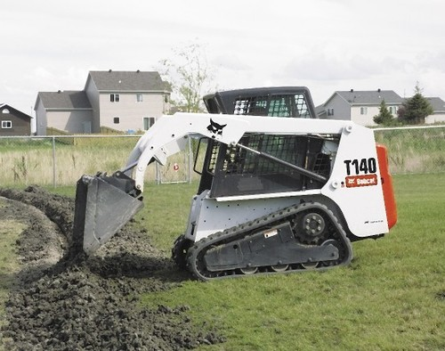 Product picture Bobcat T140 Compact Track Loader Service Repair Workshop Manual DOWNLOAD (S/N 527111001 & Above, 527211001 & Above)